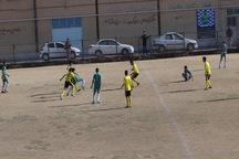 مسابقات فوتبال نوجوانان کشور  نوین فولاد یزد در برابر فجر سپاسی شیراز متوقف شد