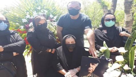 مراسم خاکسپاری محسن قاضی مرادی با حضور هنرمندان+ ویدیو و تصاویر