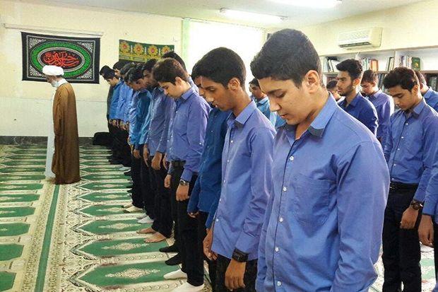 تمام مدیران البرزی در قبال احیای فرهنگ نماز مسوول هستند