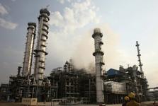 هند واردات نفت از ایران و ونزوئلا را از سر می گیرد
