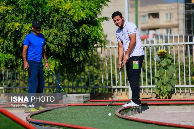 مسابقات مینی گلف در خوسف برگزار شد