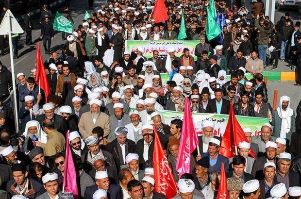 هموطنان اهلسنت در عزاداری محرم با شیعیان همراه هستند