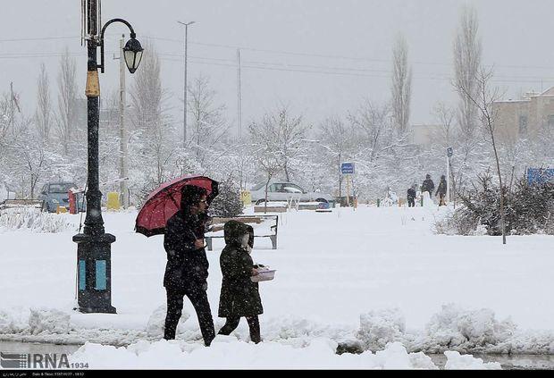 سرمای هوا مدارس زنجان را به تعطیلی کشاند