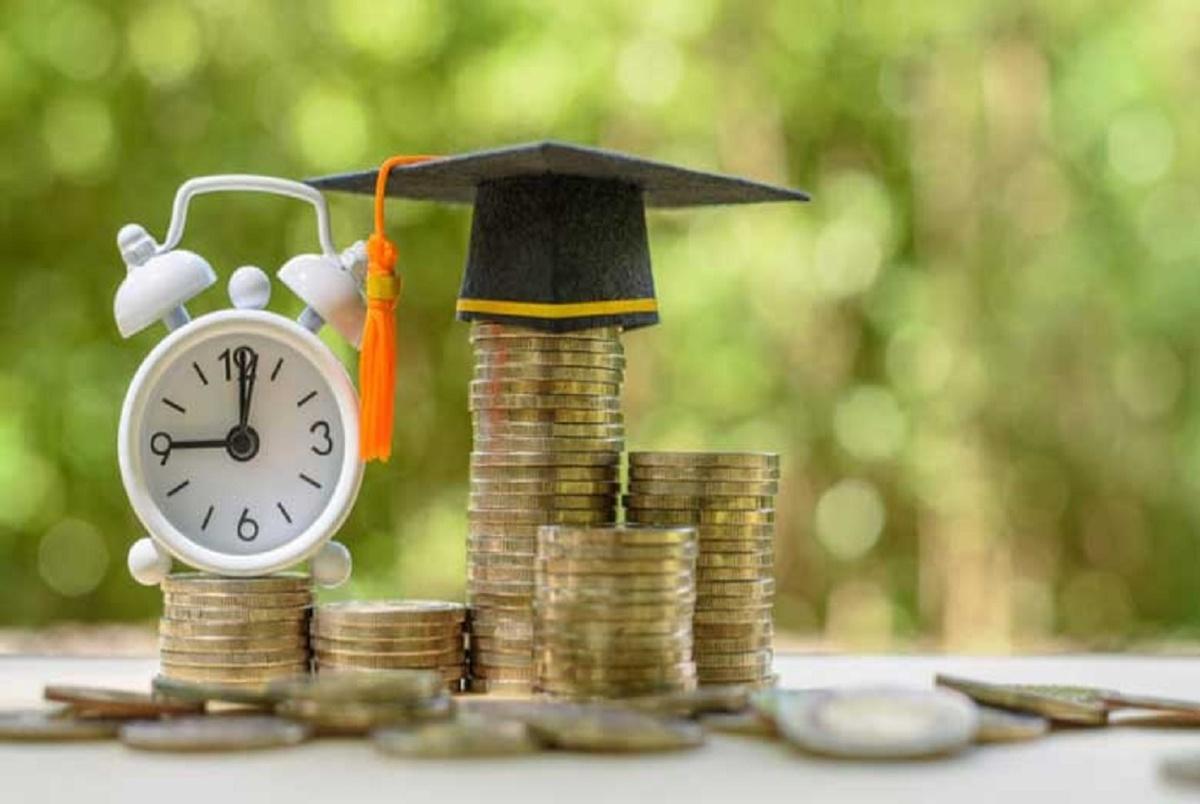 اجاره و ژتون تغذیه دانشجویان گران شد/ وام های دانشجویی از مهر ماه پرداخت می شود