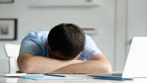 بهترین راهکارها برای خلاص شدن از شر خستگی، بی حالی و تنبلی