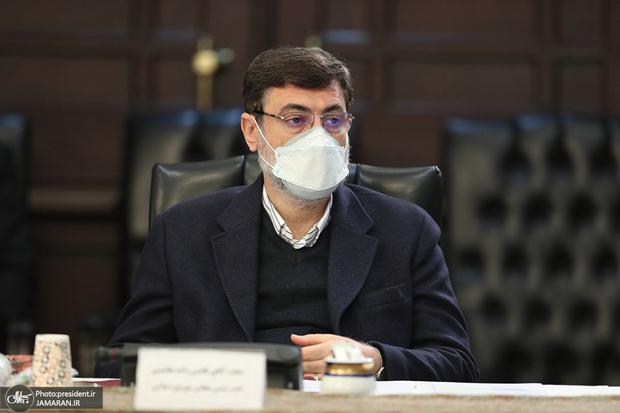 قاضیزاده هاشمی: تا پایان انتخابات میمانم