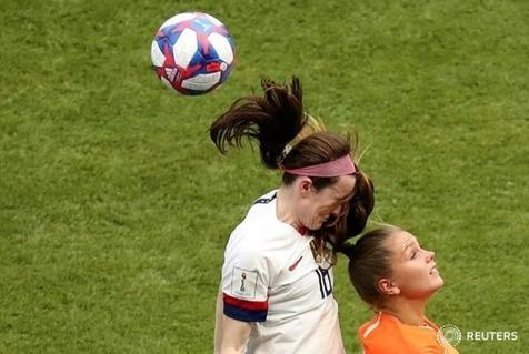 تاپ ترین عکس های هفته جهان ورزش / از جام جهانی زنان تا قهرمانی برزیل در کوپا