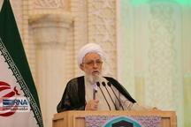 امام جمعه شیراز: جمهوری اسلامی بر اساس اصول و دکترین خود حرکت می کند