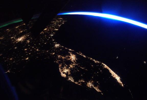 نمایی عجیب از یک شهر در عکسی فضایی