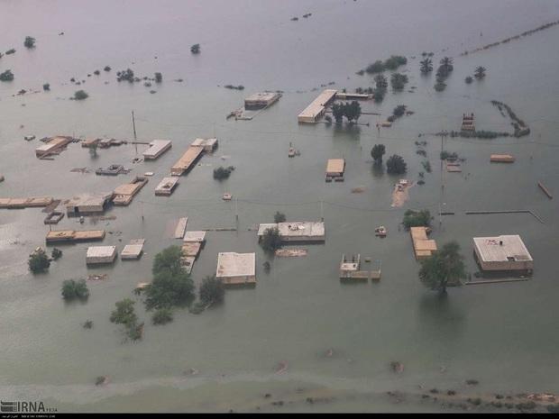 اردوگاه های سیل زدگان خوزستان رو به کاهش هستند