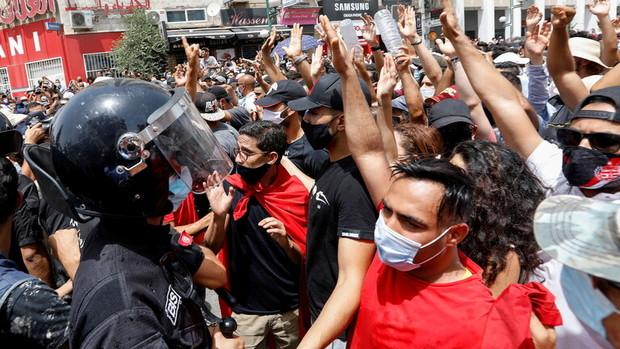 واکنش ایران به حوادث اخیر تونس
