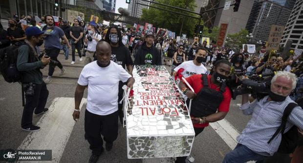 اعتراضات بزرگ علیه نژادپرستی و خشونت پلیس در آمریکا+ تصاویر