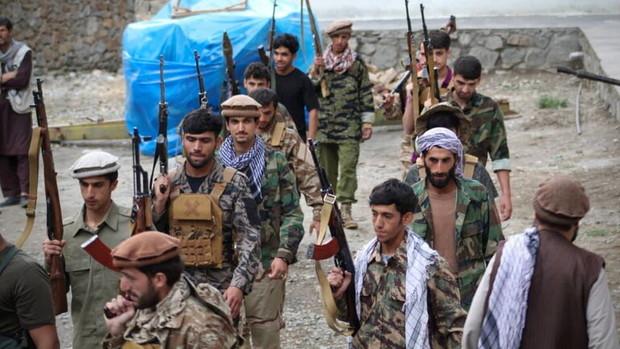 طالبان دیروز دم از تصرف پنجشیر زد و امروز مدعی کنترل دو منطقه شد