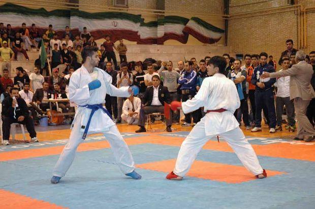 مردان ایران قهرمان پیکارهای بینالمللی کاراته در یزد شد
