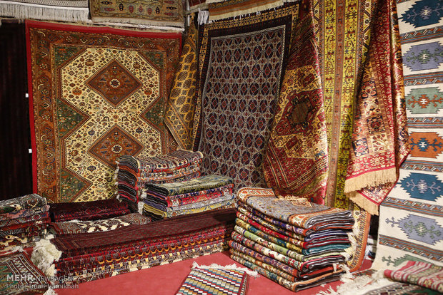 سهم ایران از فرش دستباف دنیا از 80 به 15 درصد کاهش یافته است