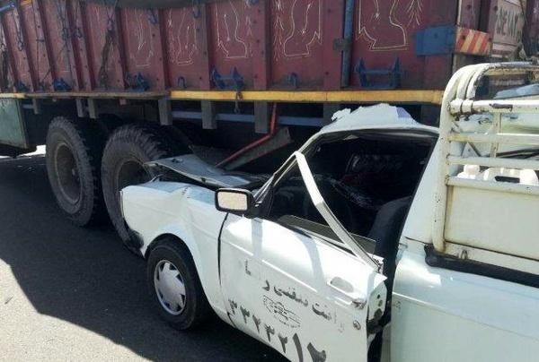 یک کشته بر اثر برخورد کامیون با وانت در تاکستان