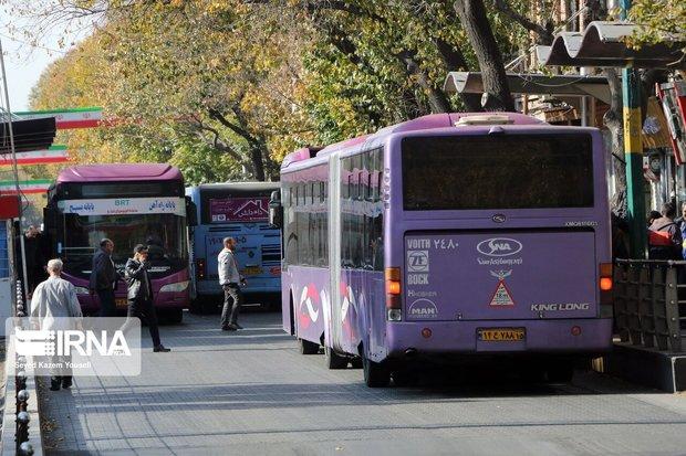 استقبال همدانیها از ناوگان عمومی با سهمیهبندی بنزین
