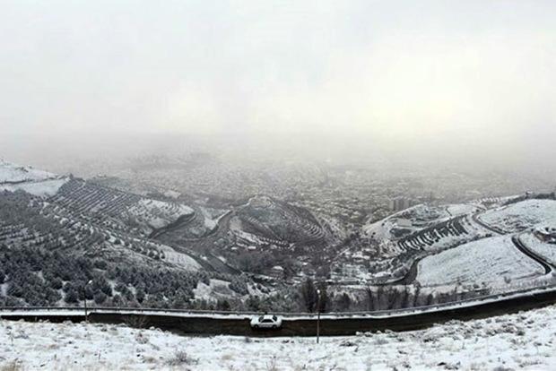 بارش برف پدیده غالب آسمان کردستان در آخر هفته جاری است
