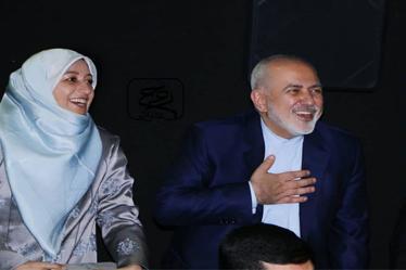 """دکتر ظریف و همسرش در مراسم اکران """"مارموز"""" + ویدیو"""