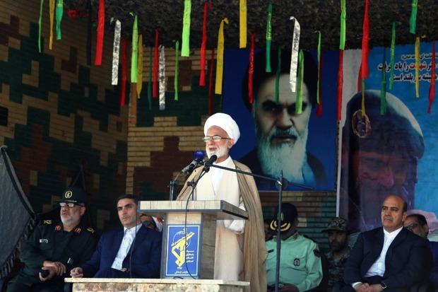 جنگ روانی دشمن در اراده ملت ایران تاثیرگذار نیست
