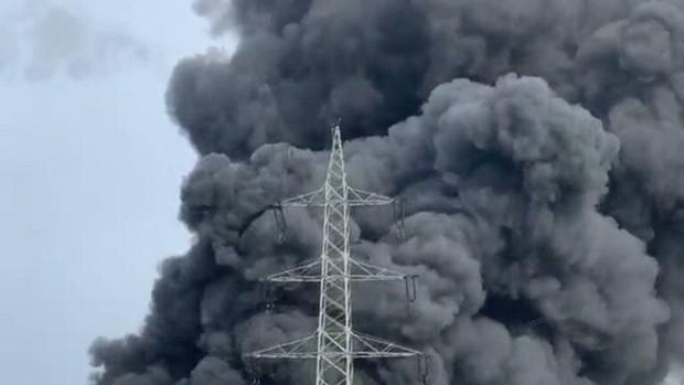 انفجار مهیب در یک کارخانه بزرگ شیمیایی در آلمان+عکس