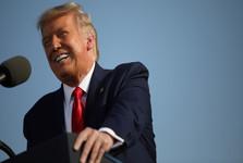 ترامپ بار دیگر شهرهای آمریکایی مخالف خود را تهدید به تحریم کرد