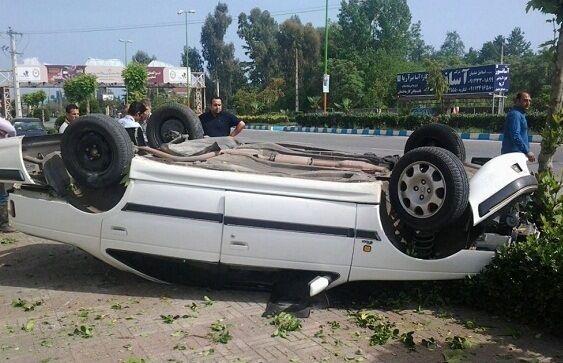 تصادف در آزاد راه تهران - کرج یک کشته و سه مصدوم برجا گذاشت
