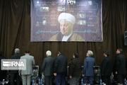 ادعای زندگی آیت الله هاشمی در کاخ مرمر تبلیغاتی و برای انتخابات است