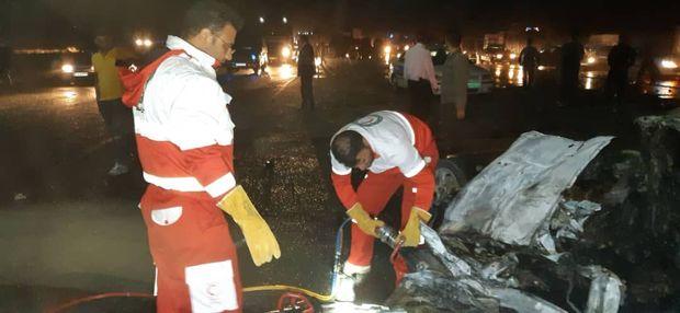 واژگونی تانکر سوخت در آزادراه ساوه به همدان ۲ کشته داشت