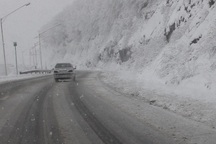 کاهش دما و بارش برف در ارتفاعات آستارا