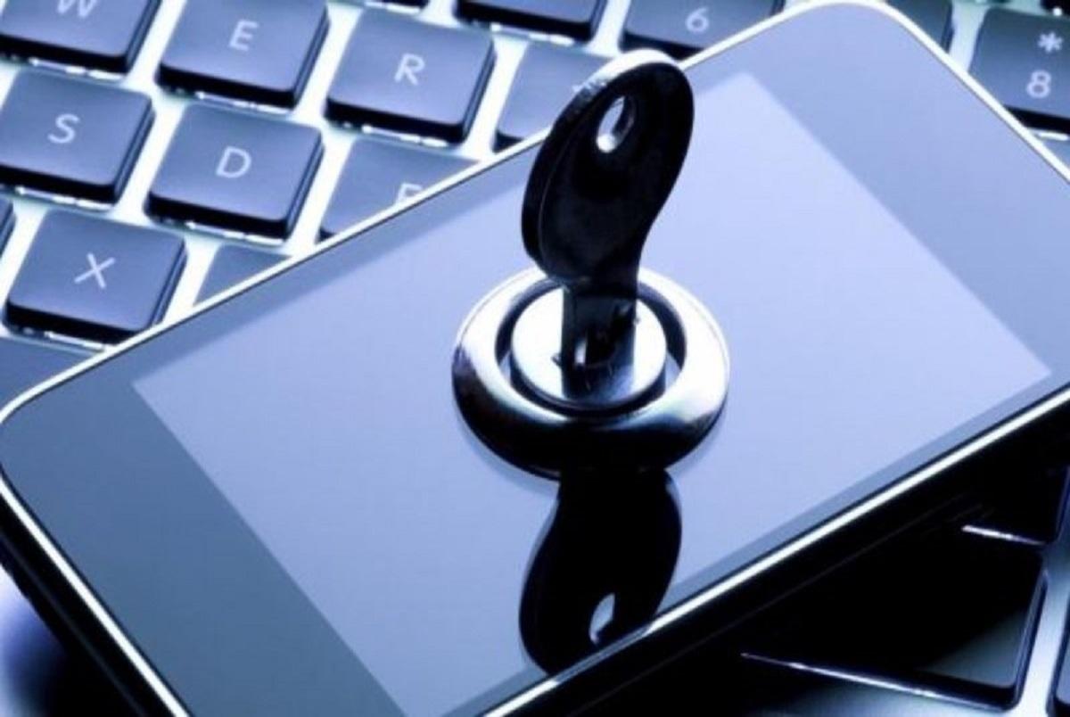 دستور وزیر اقتصاد به رییس کل گمرک برای حل مشکل رجیستری تلفنهای همراه مسافری + نامه