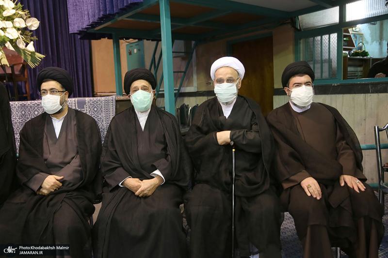 مراسم تشییع حجت الاسلام و المسلمین محتشمی پور در حسینیه جماران