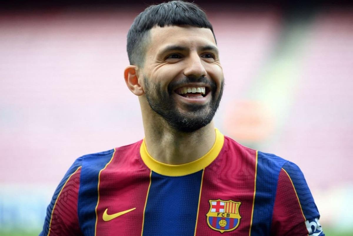آگوئرو رسما به بارسلونا پیوست؛ سرخیو: مسی بهترین بازیکن تاریخ است +عکس