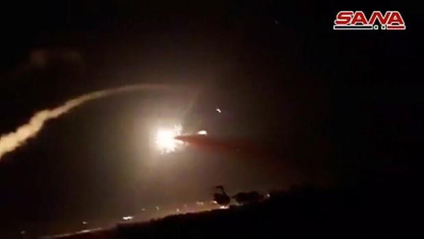 پدافند سوریه 7 موشک شلیک شده اسرائیلی را شب گذشته منهدم کرد