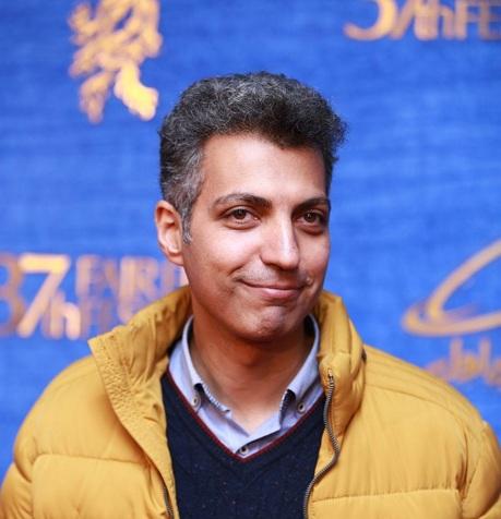 بغض و خنده عادل فردوسیپور و صحبت از روزهای سخت در جشن حافظ + فیلم
