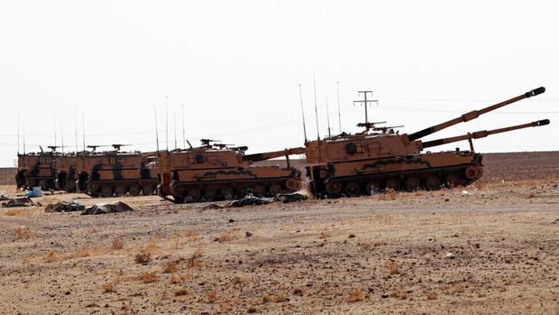 کشته شدن 10 غیرنظامی سوری در حمله توپخانه ای ارتش ترکیه