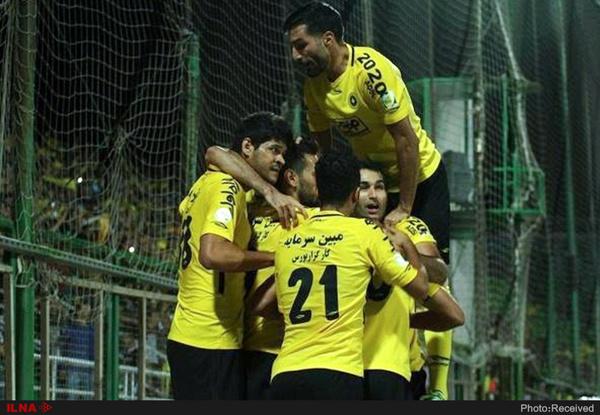 سپاهان صعود کرد، ذوب آهن سقوط  پرسپولیس همچنان در صدر تیمهای ایرانی