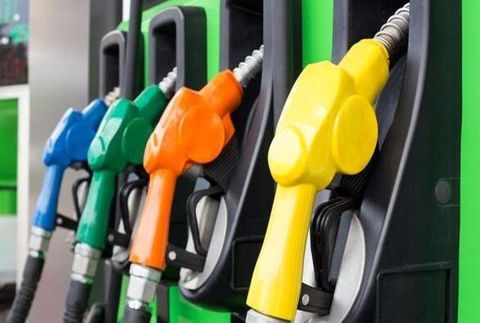 جزئیات جدید درباره سهمیه بنزین تاکسی های اینترنتی / ویدیو