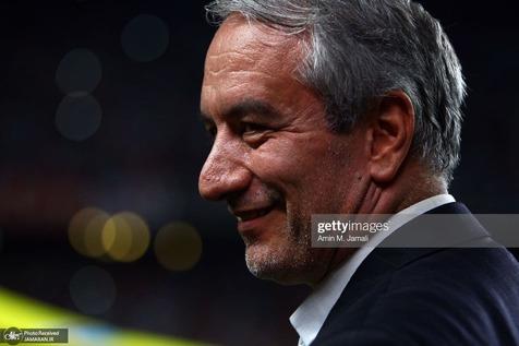 با مرد خنده فوتبال ایران در 1400؛ کفاشیان از علی کریمی و بایدن می گوید!