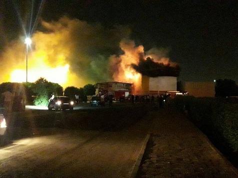 آتش سوزی در شهربازی سینما پنج بعدی اهواز