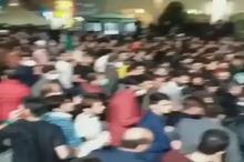 فیلمی از کنترل جمعیت توسط ناجا و ممانعت از ورود عدهای به حرم مطهر حضرترضا(ع)