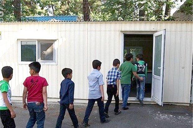 مهاجرت روستاییان و تحصیل در مدارس کانکسی استان مرکزی