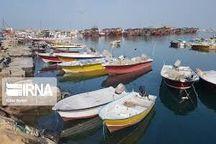 قایقهای صیادان دیری از بنزین یارانهای بهرهمند شدند