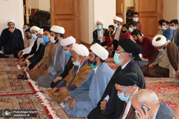 گردهمایی و میثاق حوزویان و دانشگاهیان خمین با آرمان های امام خمینی(س)