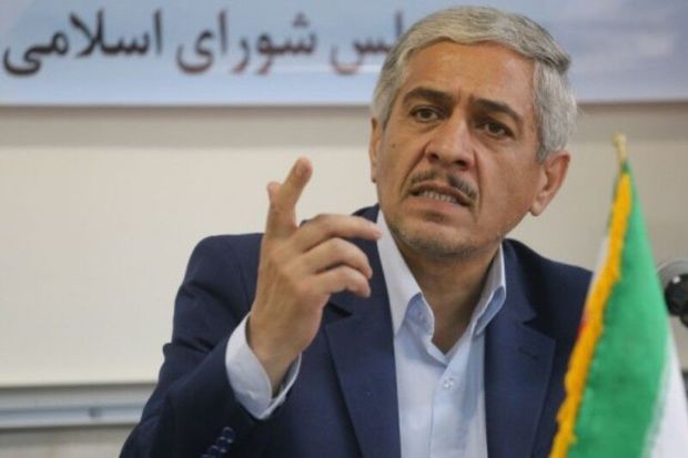 نماینده مجلس: تغییرات مدیریتی سالهای اخیر به استان سمنان ضربه وارد کرد