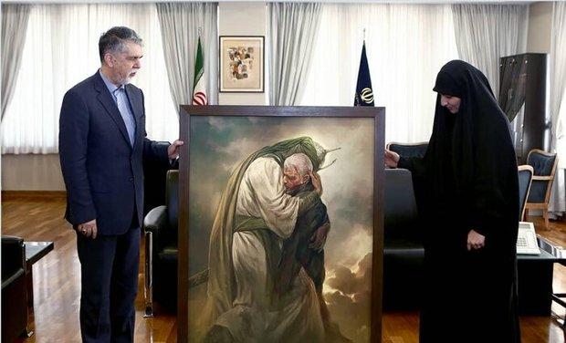دیدار دختر سردار سلیمانی با وزیر ارشاد در مورد بنیاد «شهید سلیمانی» + عکس
