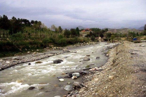 برداشت مصالح از رودخانههای قم باید کنترل شود