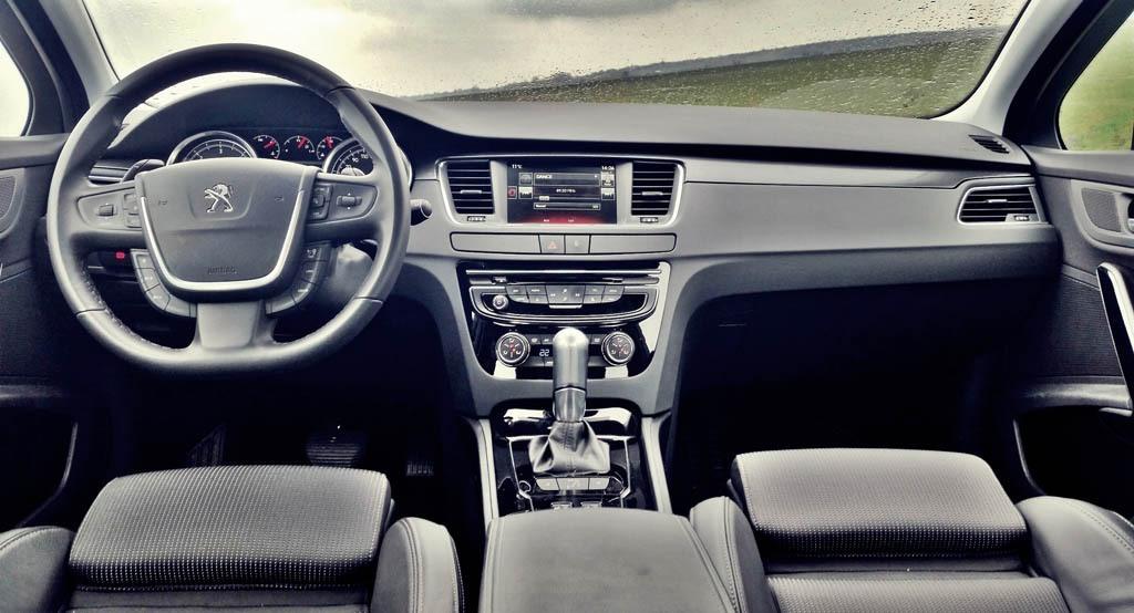 پژو 508 ارزش خرید دارد یا رنو فلوئنس E2؟ + مشخصات فنی