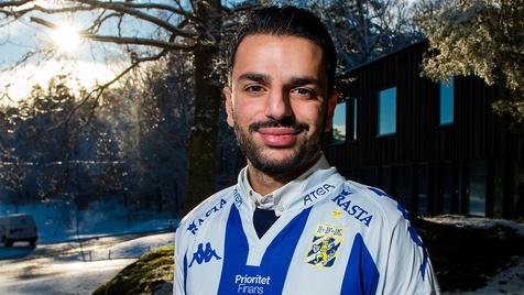 پویا اسبقی: در فوتبال سوئد درآمدزایی مهمتر از قهرمانی لیگ است!/ برای گوته بورگ برنامه سه ساله دارم