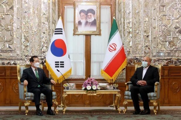 انتقادات قالیباف و لاریجانی از کره جنوبی در دیدار با نخست وزیر این کشور